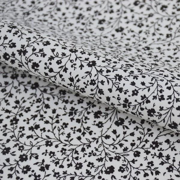 Tricoline Estampada Silky Flor Preta com Branco